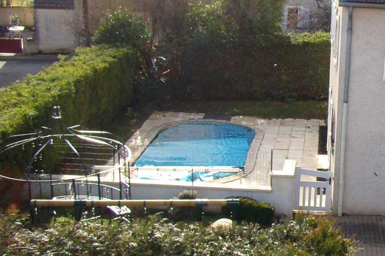 Gîte avec piscine à Beaune